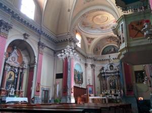 Interno della chiesa vista da destra