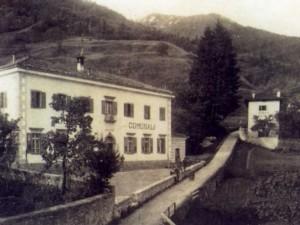 Il vecchio edificio comunale