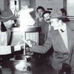 Febbraio 1956 - Due simpatici giocatori di morra al Cristofoli