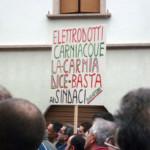 Novembre 2010 - Da Cercivento a Paluzza per manifestare contro la privatizzazione dell'acqua e contro l'elettrodotto