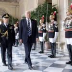 Corazzieri al Palazzo con il Presidente Trump